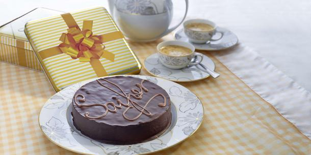 Sacher Cake with present box